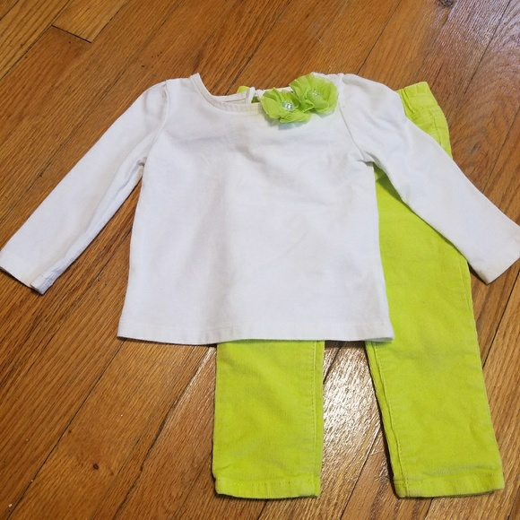 2f1e500d5e3 Baby Gap Other - Baby Gap matching set
